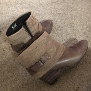 Clark's wedge shoes